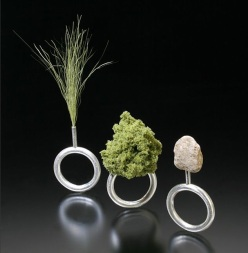 green Landscape Jewelry of Sarah Hood chicquero 2