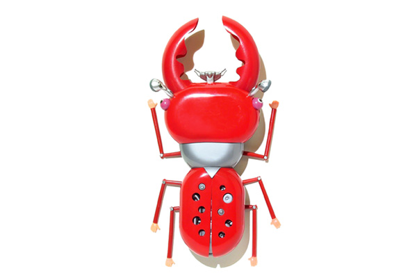 sang won art toys -red bugs