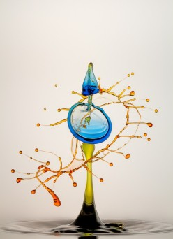High Speed Liquid and Bubble Photographs by Heinz Maier chicquero
