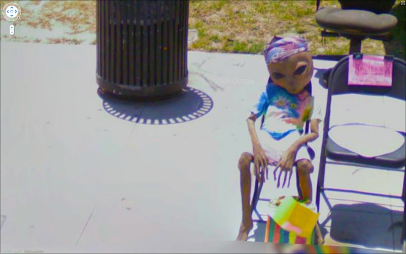 google street view chaos  pictures , street photography allien