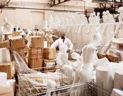 manequin workers chicquero