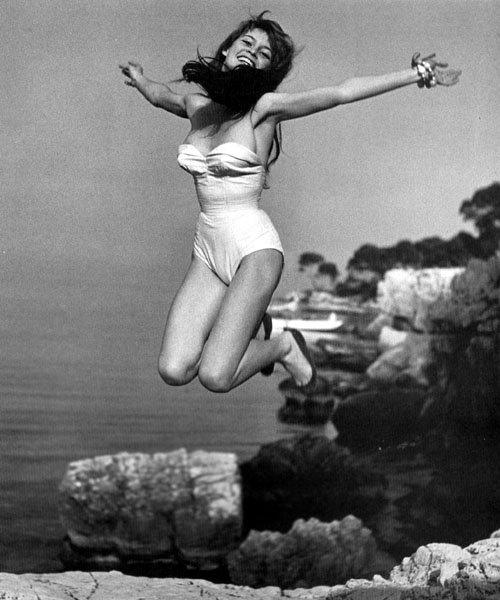 Jump 1959 by Philippe Halsman Brigitte-Bardot