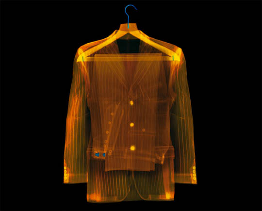 X-Ray photography Nick Veasey suit