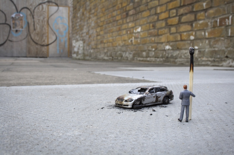 Little people project - cool miniature art -  car on fire
