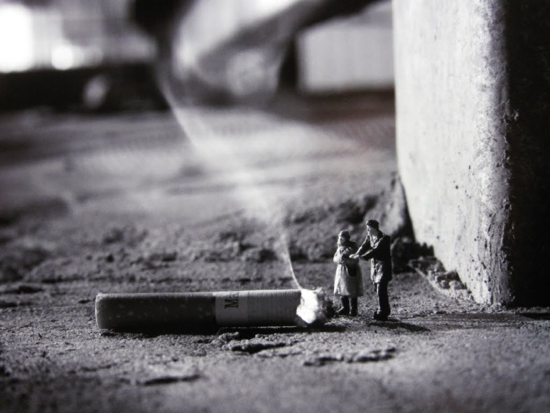Little people project - cool miniature art - cigarette fire