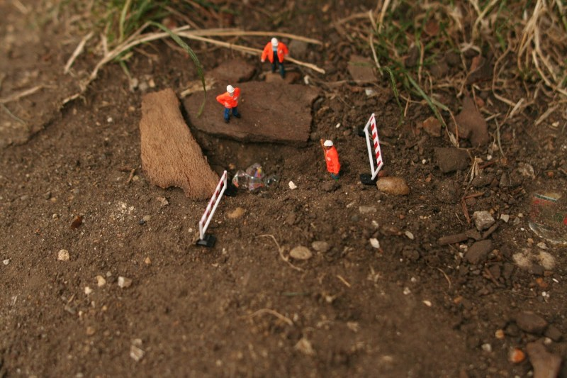 Little people project - cool miniature art - diamond mining
