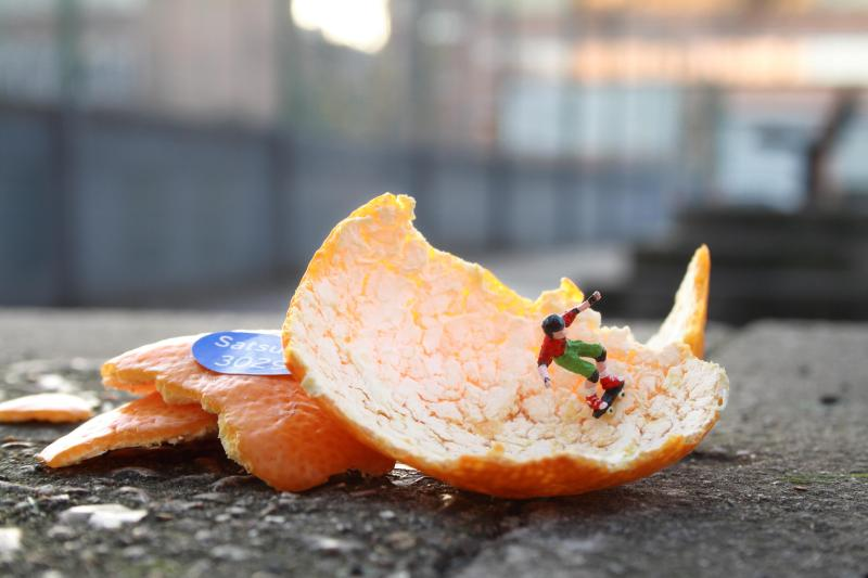 Little people project - cool miniature art -  skateboading orange
