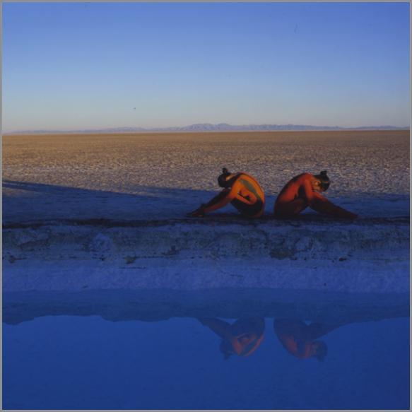 Jean Paul Bourdier - Painted bodies landspace photography - Chicquero Arts - 11
