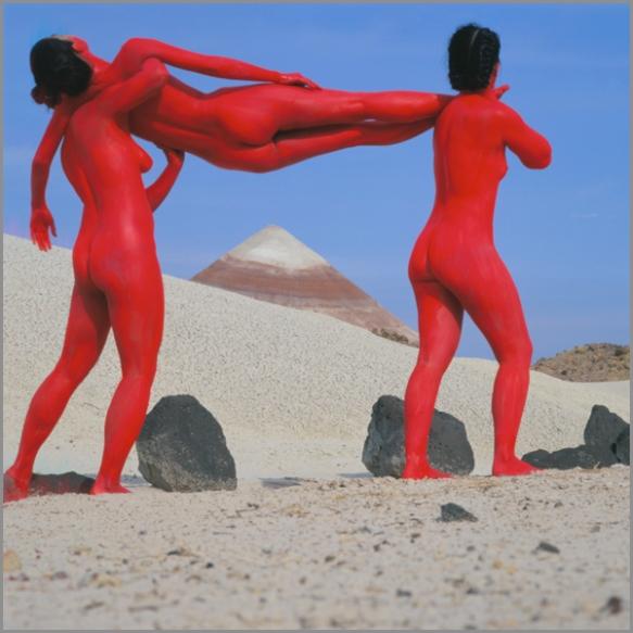 Jean Paul Bourdier - Painted bodies landspace photography - Chicquero Arts - 46