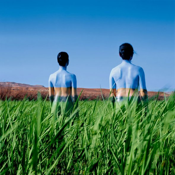 Jean Paul Bourdier - Painted bodies landspace photography - Chicquero Arts - 62