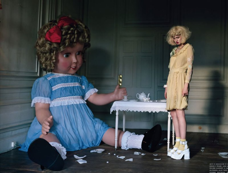 Lindsey Wixson by Tim Walker for Vogue Italia - Fashion dolls - Chicquero dollhouse 1