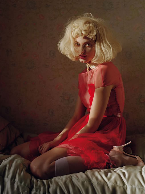 Lindsey Wixson by Tim Walker for Vogue Italia - Fashion dolls - Chicquero dollhouse 14