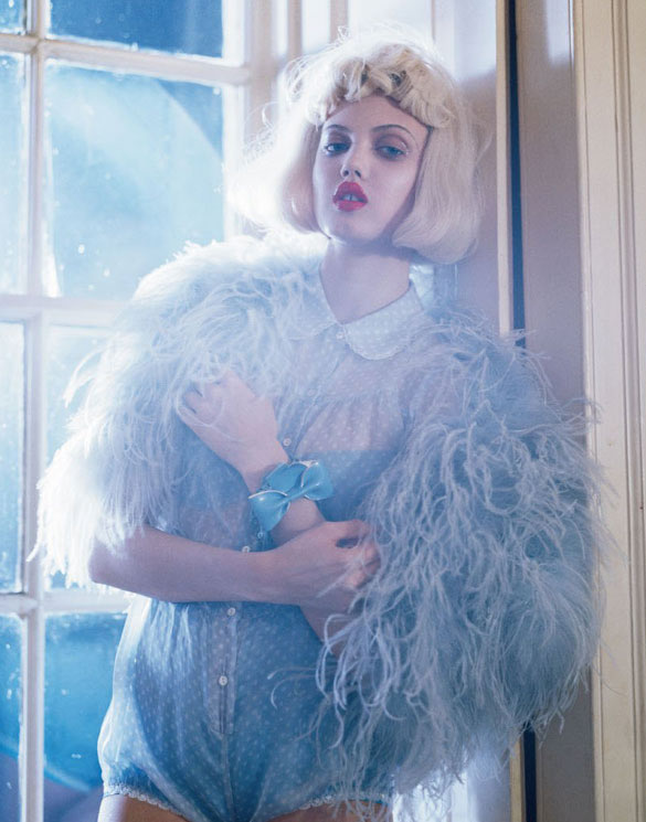 Lindsey Wixson by Tim Walker for Vogue Italia - Fashion dolls - Chicquero dollhouse 15