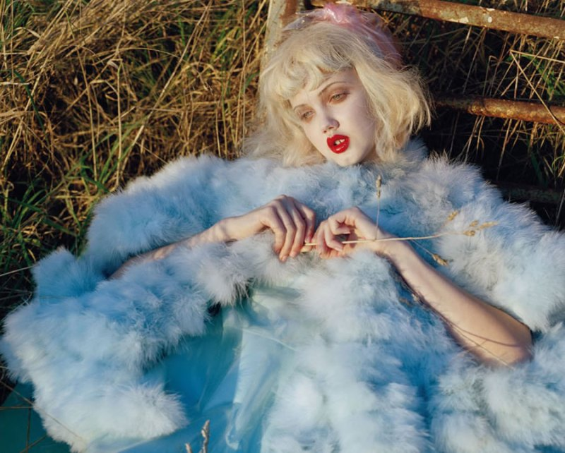 Lindsey Wixson by Tim Walker for Vogue Italia - Fashion dolls - Chicquero dollhouse 2