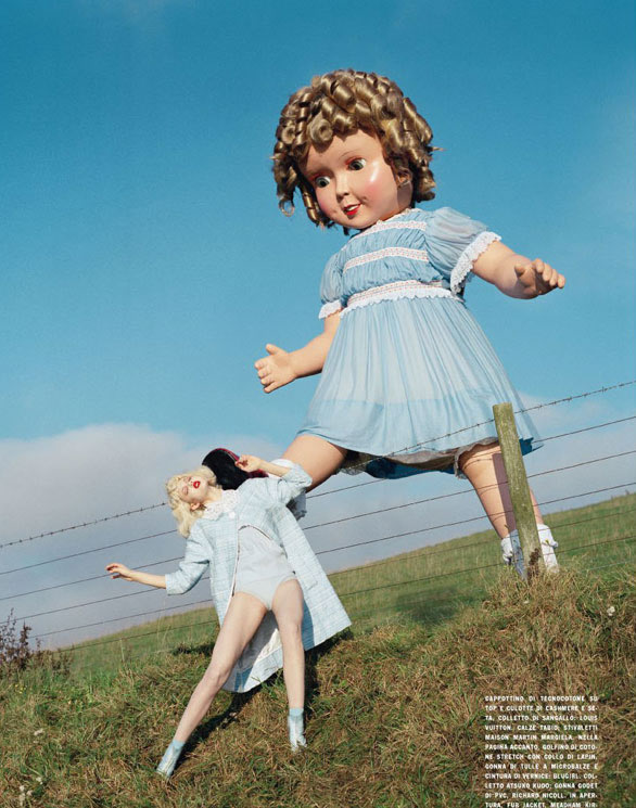 Lindsey Wixson by Tim Walker for Vogue Italia - Fashion dolls - Chicquero dollhouse 3