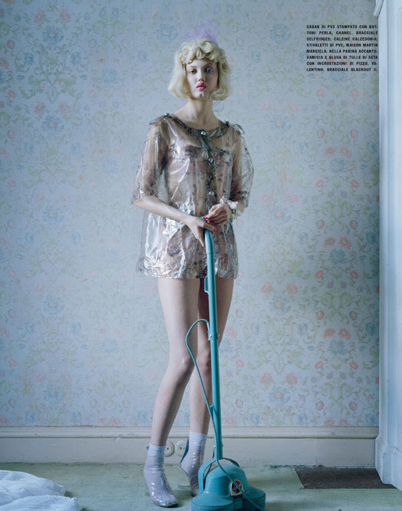 Lindsey Wixson by Tim Walker for Vogue Italia - Fashion dolls - Chicquero dollhouse 7