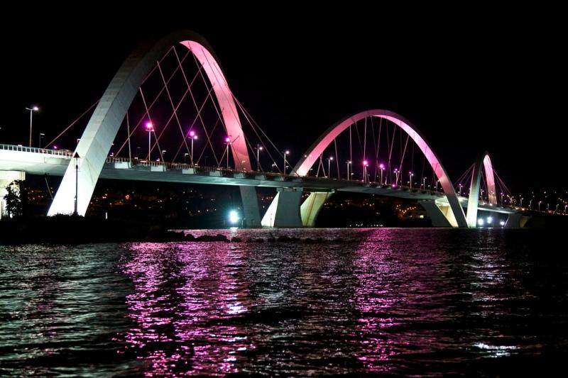 Oscar Niemeyer - Brazilian architect - Chicquero Design - Brasilia JK Bridge 2