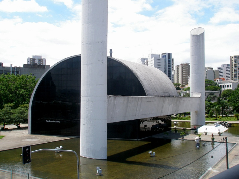 Oscar Niemeyer - Brazilian architect - Chicquero Design - Sao Paulo Latin american memorial