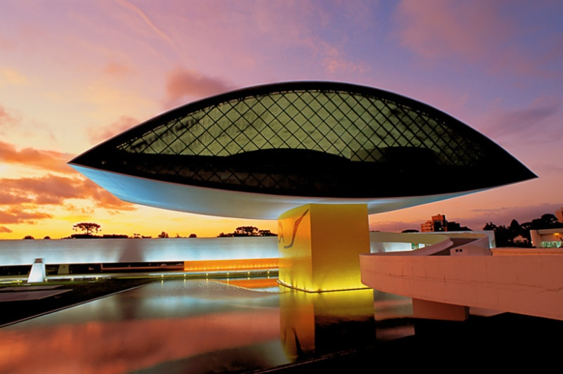 Oscar Niemeyer - Brazilian architect - Chicquero Design - The Eye contemporary museum Curitiba Brazil 3