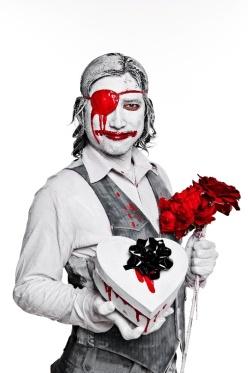 Bloody valentine - Naman creative photography - Chicquero - chocolate and flowers