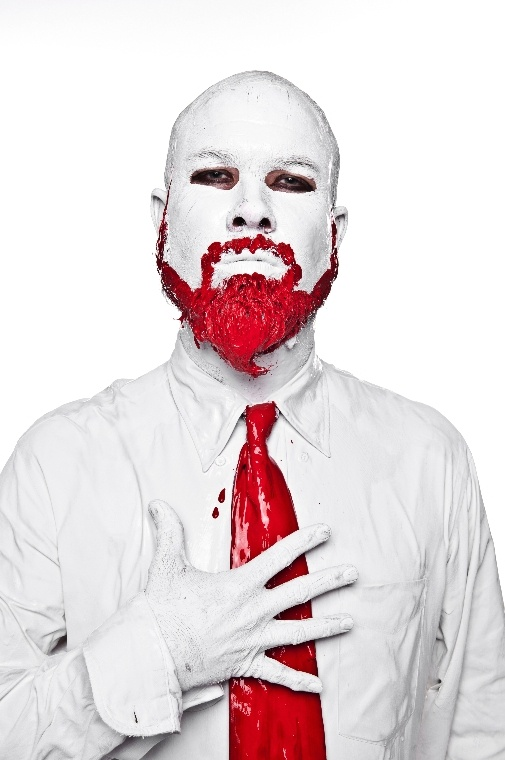 Bloody valentine - Naman creative photography - Chicquero - groom beard