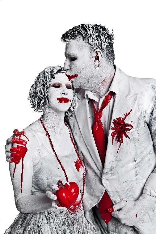Bloody valentine - Naman creative photography - Chicquero - happy couple