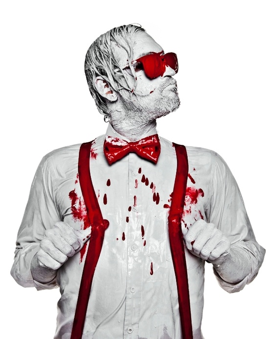 Bloody valentine - Naman creative photography - Chicquero - suspenders