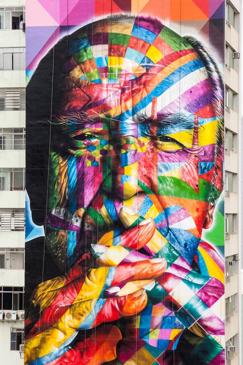02 Eduardo Kobra painter - urban street art chicquero -  Mural brazil
