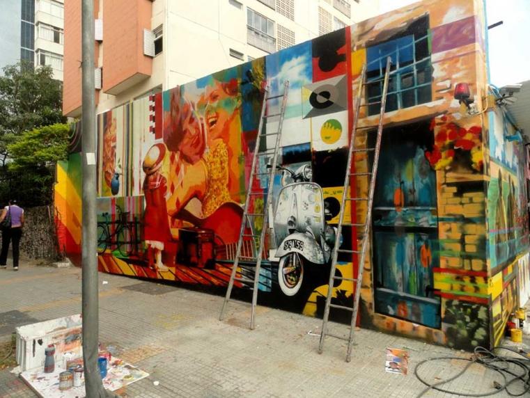 Eduardo Kobra painter - urban street art chicquero -  Mural Brazil 17