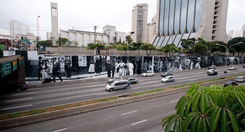 Eduardo Kobra painter - urban street art chicquero -  Mural Brazil 39