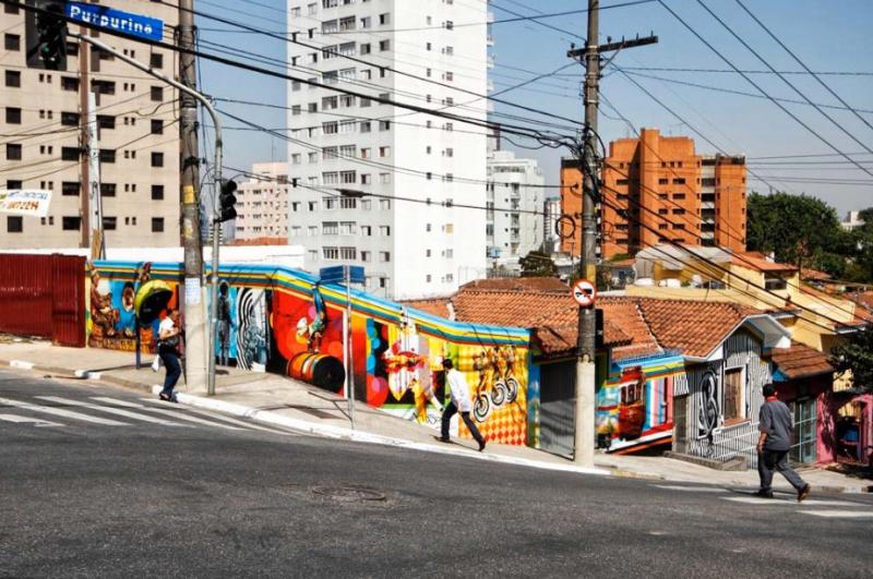 Eduardo Kobra painter - urban street art chicquero -  Mural Brazil 4