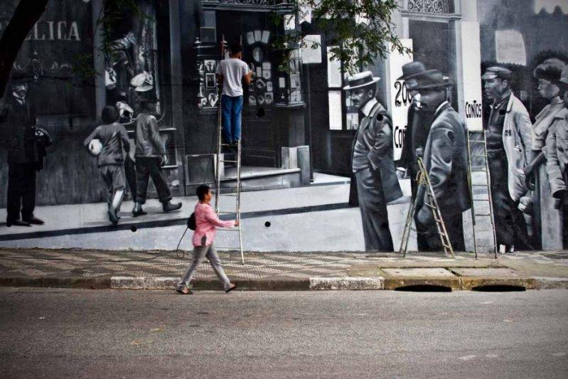 Eduardo Kobra painter - urban street art chicquero -  Mural Brazil 40