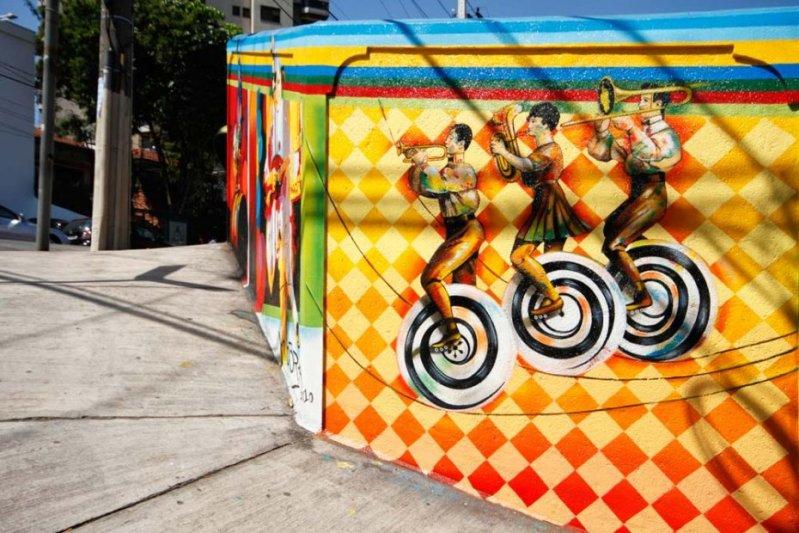 Eduardo Kobra painter - urban street art chicquero -  Mural vila_madalena_005_web